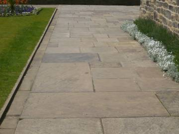 reclaimed yorkstone paving