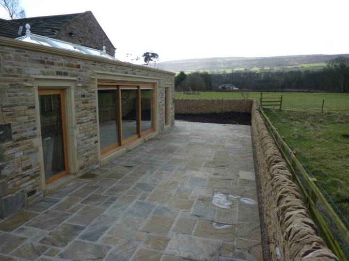 Riven Yorkstone Paving