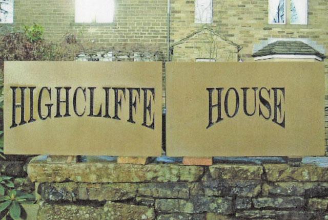 housesign 4