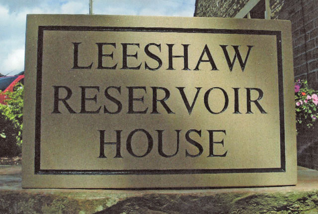 leeshaw name sign